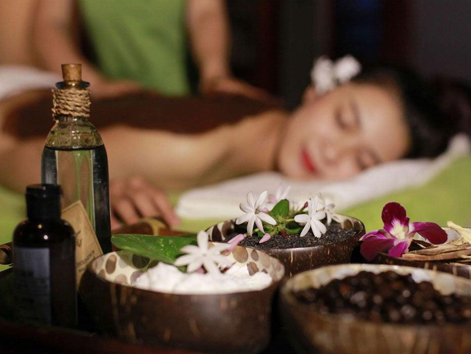 Bamboo-Massage-Ahungalla-Ayurvedic-Massages